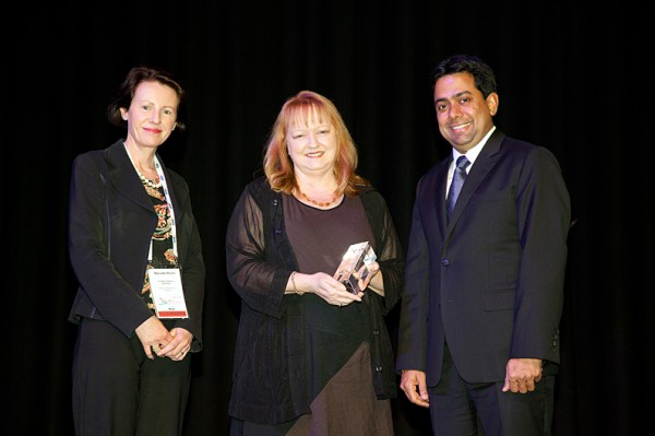 AEMI Receiving the award